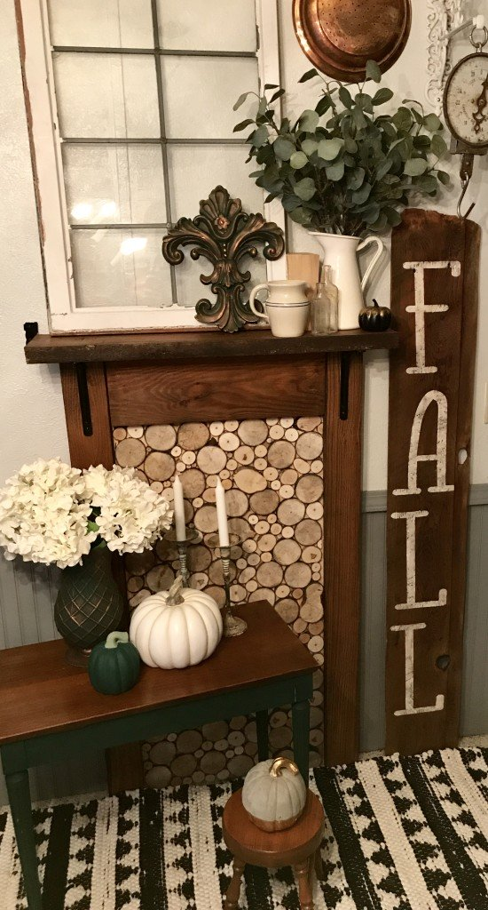 By: Hanna Gould from Dahlias Vintage Marketplace