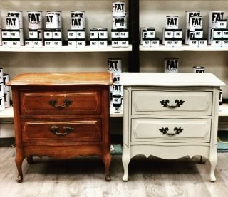"""Here's a little Monday inspiration for you! Angela's set of bedside tables received """"Jute"""" and FAT Natural wax in this impressive #beforeandafter . . Artist and FAT paint retailer Angela Macdonald from @angelashomedecor in New Glasgow, NS . . . #FATPaintStudio #FATPaint #inFATuated❕ #chalkpaint #chalkpaintedfurniture #fatjute #endtablemakeover #diyhome #diyfurnituremakeover #vintagepaintedfurniture #custompaintedfurniture #interiordesigninspo #upcycled"""