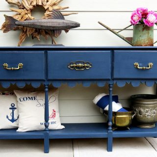 Doesn't this Beauty evoke Summertime... sailing in the deep blue sea? Dressed in Admiral, It's Ships Ahoy! ⚓️ Artist: @isnt_that_pretty . . #FATPaintstudio #FATPaint #inFATuated ❕ #FATadmiral #bestchalkpaint #chalkstylepaint #furnituremakeover #furnitureflip #custompaintedfurniture #furnitureproject #upcycledfurniture #paintallthethings #diyhome #bebold #artisanlife #inspiredbythesea #interiordesigninspo